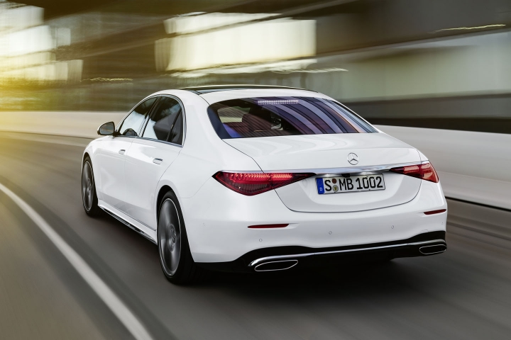 2021-Mercedes-Benz-S-Class-white