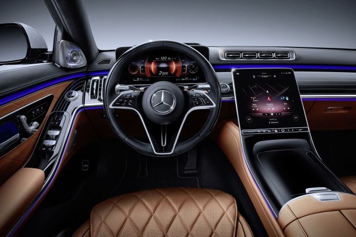 2021-Mercedes-Benz-S-Class-luxury-interior