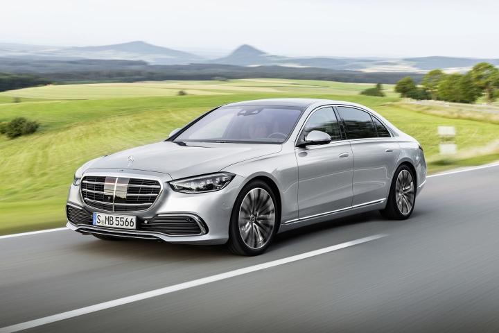 2021-Mercedes-Benz-S-Class-4Matic