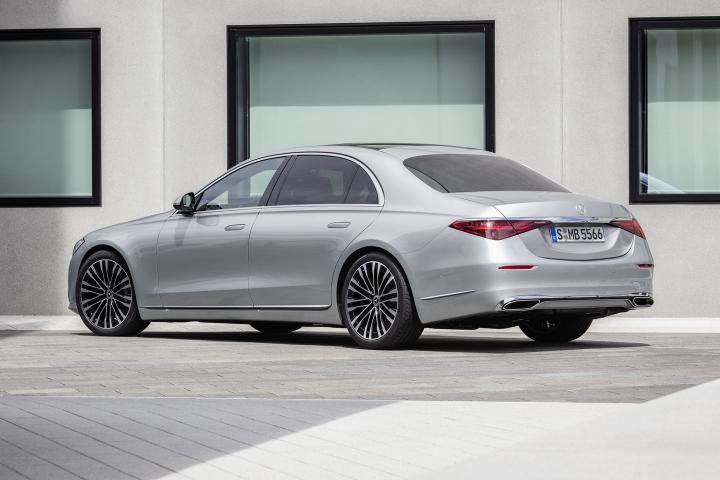 2021-Mercedes-Benz-S-Class-Hightech-Sedan