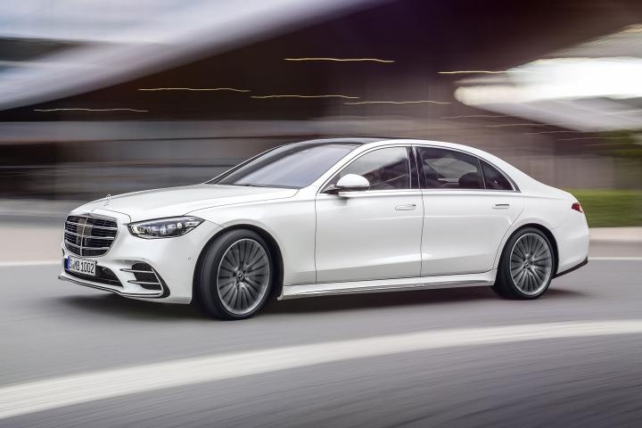 2021-Mercedes-Benz-S-Class-white-sedan