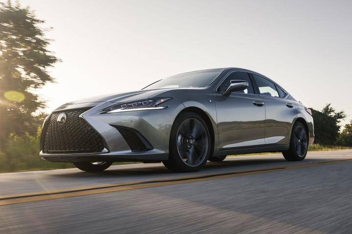 2021_Lexus_ES_250_AWD_F_Sport_test_drive