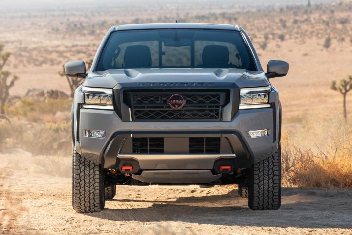 Nissan_Frontier_2022_Drive