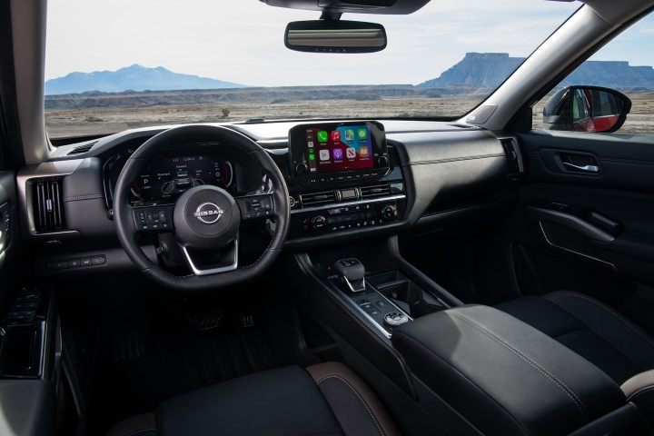 2022_Nissan_Pathfinder_Inside