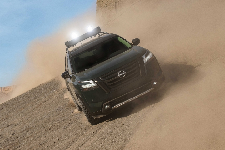 2022_Nissan_Pathfinder_Off-Road_Drive