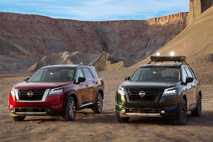 2022_Nissan_Pathfinder_SUVs