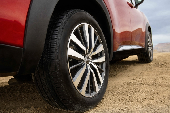 2022_Nissan_Pathfinder_Wheels