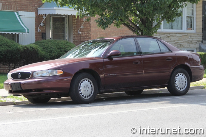 Buick-Century-2003