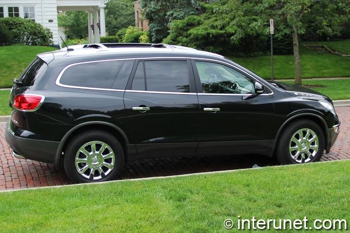 Buick-Enclave-2009