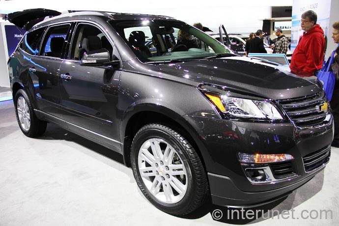 Chevrolet-Traverse-2013