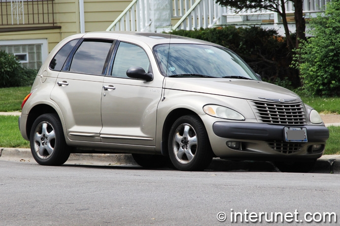 Chrysler-PT-Cruiser-2002
