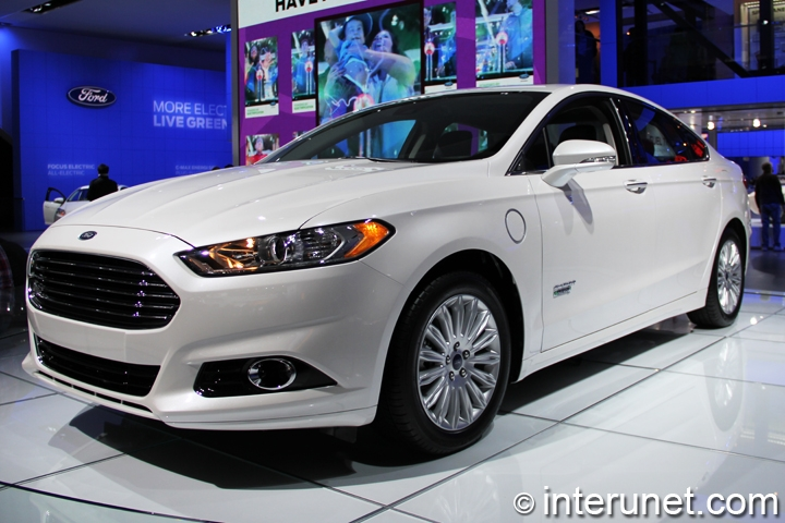 Ford-Fusion-Energy