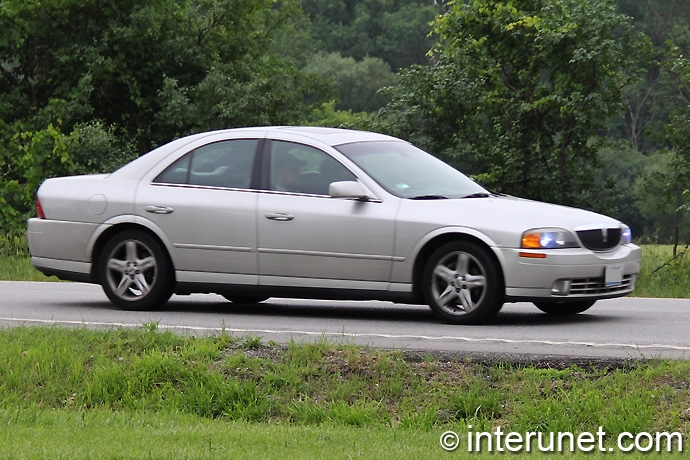 Lincoln-LS-2002