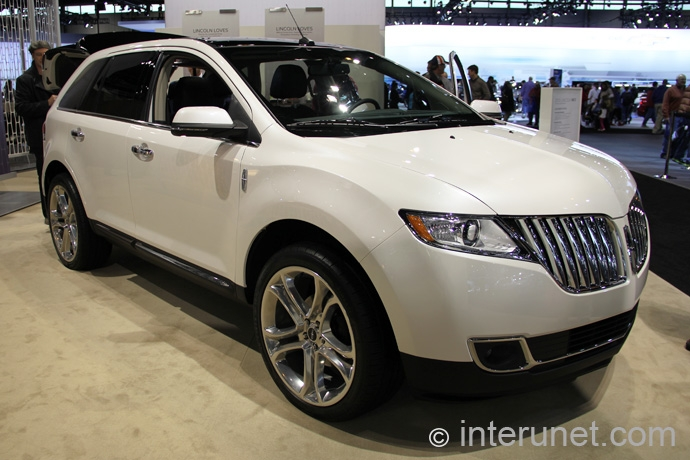 Lincoln-MKX-2013