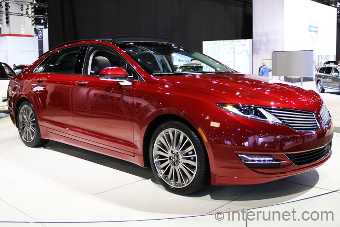 Lincoln-MKZ-2013