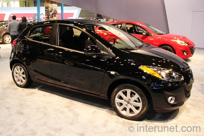 Mazda2-Sport-2013
