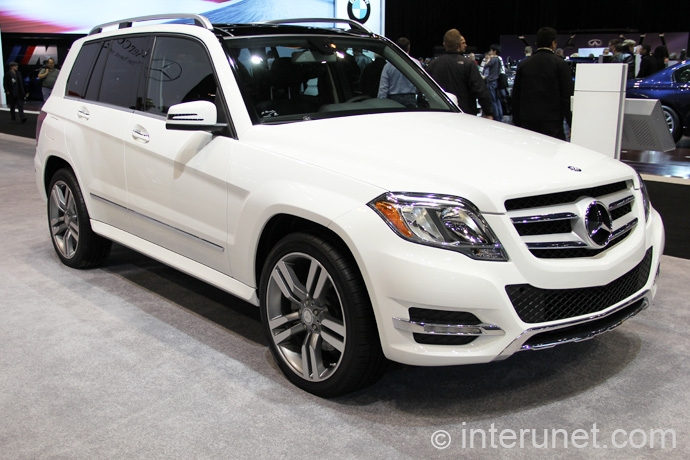 Mercedes-Benz-GLK-350-2013