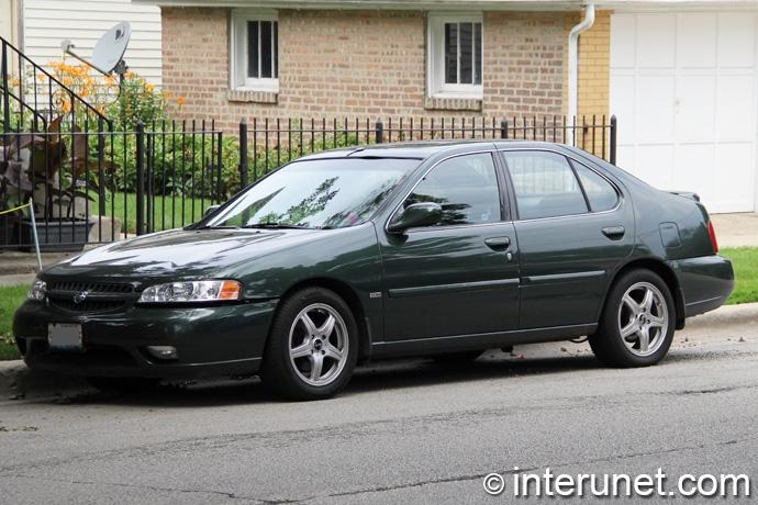 Nissan-Altima-2000