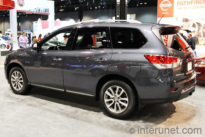 Nissan-Pathfinder-2013