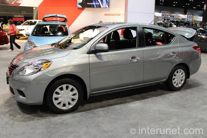 Nissan-Versa-Sedan-2013