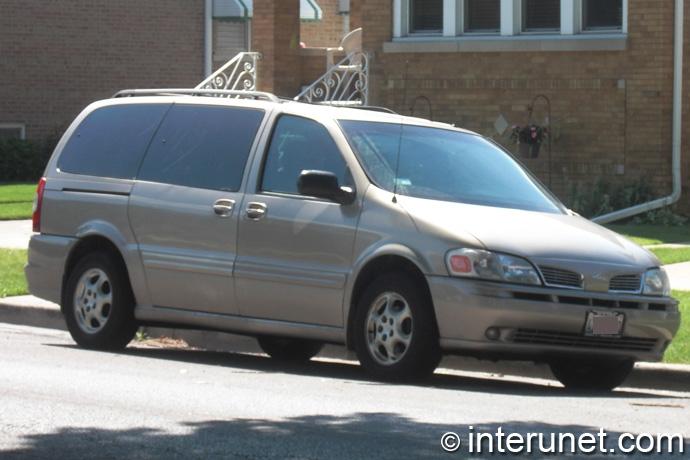 Oldsmobile-Silhouette-2001