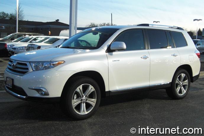 Toyota-Highlander-2011