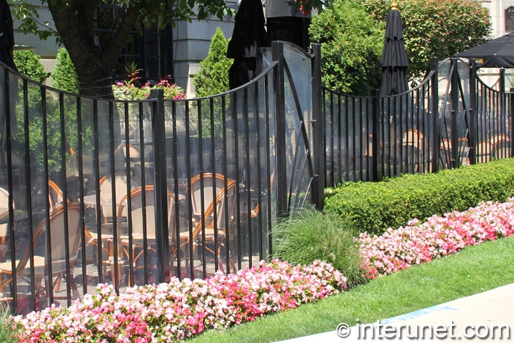 custom-made-steel-fence-with-glass