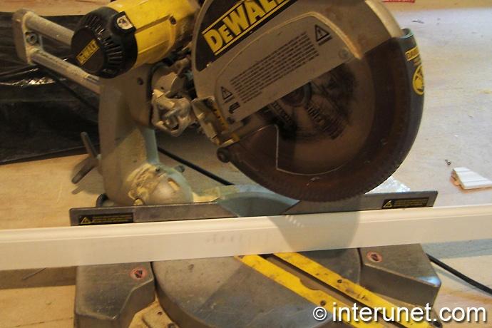 cutting-baseboard-with-miter-saw