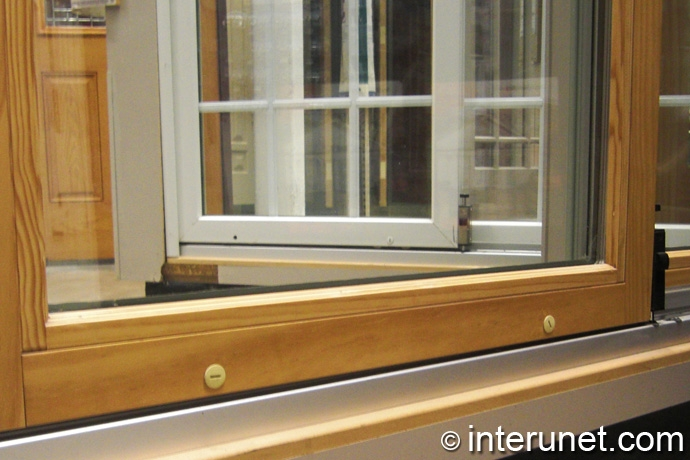 glass-door-with-wood-frame