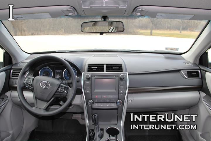 Toyota Camry Interior >> 2016 Toyota Camry Le Interior In Pictures Interunet