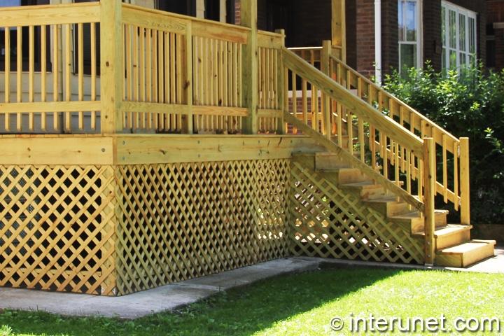 porch-on-wood-posts