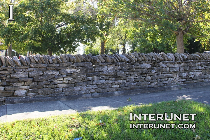 stone-fence-design-old-style