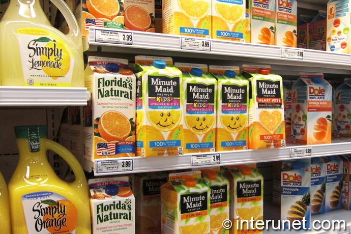 variety-of-juices-at-grocery-store