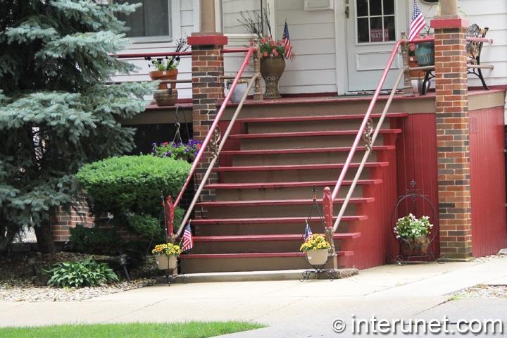 wood-porch-on-brick-posts
