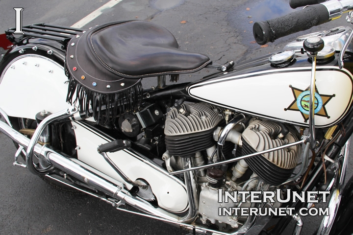 1946-Indian-Chief-engine