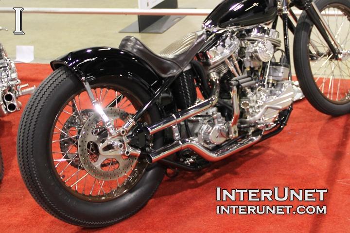 1951-Harley-Davidson-Panhead-retro-motorcycle