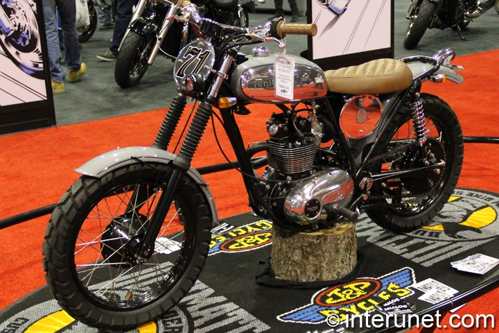 1971-Triumph-Trailblazer-250-custom-bike