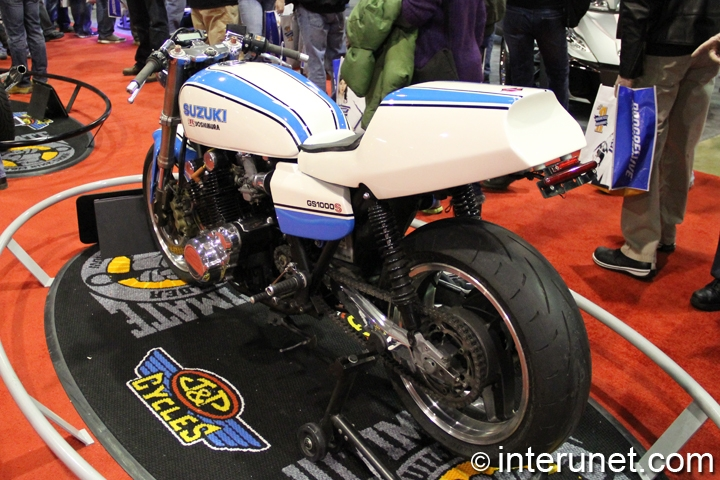 1978-Suzuki-GS1000S-rear-left-side-view