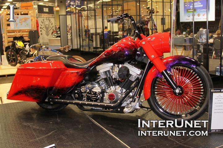 Harley-Davidson-Road-King-custom
