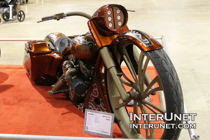 custom-2012-Harley-Davidson-Road-King