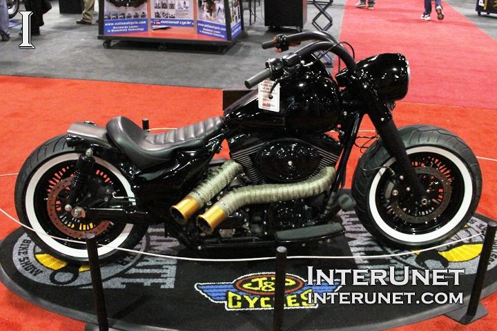2012-Harley-Davidson-Road-King-Police-Outlaw