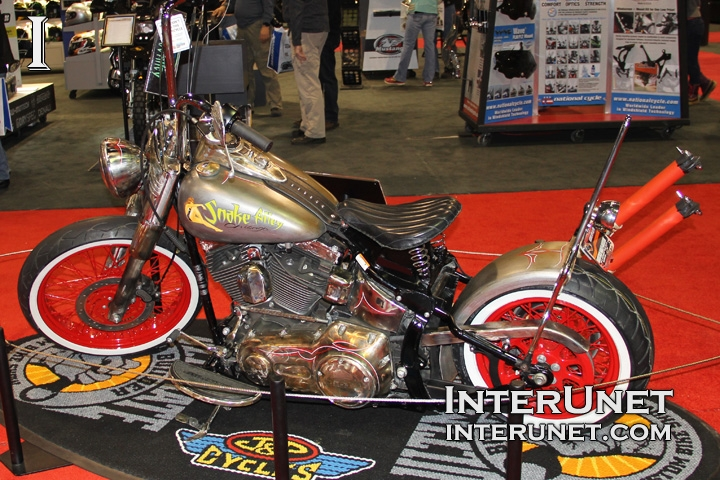 2012-Harley-Davidson-Softail-Deluxe-custom