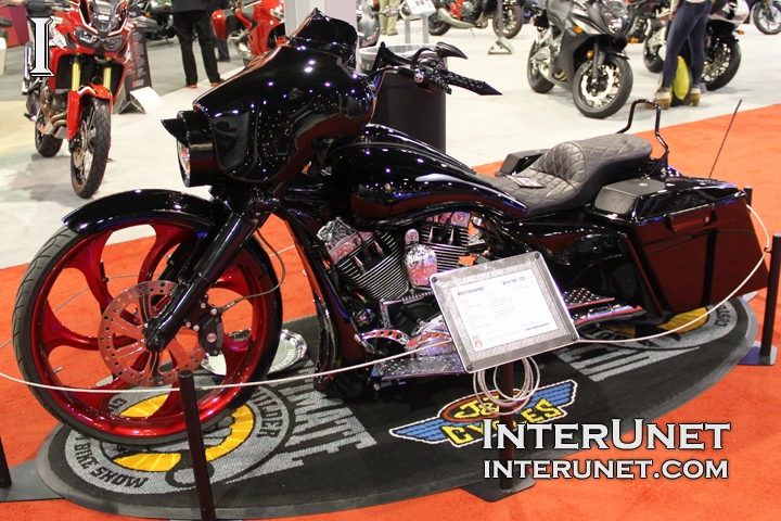 2013-Harley-Davidson-Street-Glide-modified