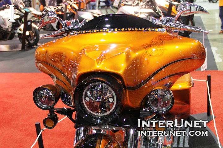 modified-Harley-Davidson-FLHX