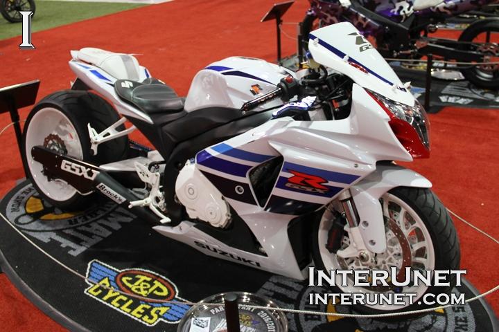 2013-Suzuki-GSXR-1000-custom-sport-bike