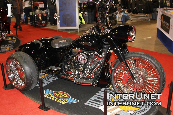 2014-Harley-Davidson-Road-King-Trike-custom