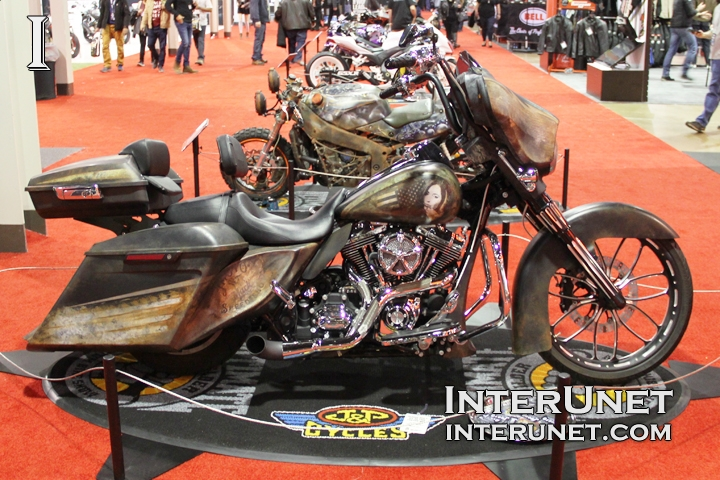2014-Harley-Davidson-Street-Glide-custom