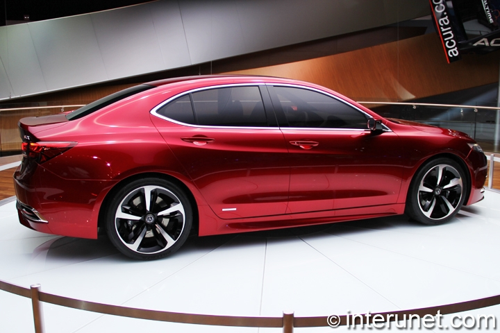 2015-Acura-TLX-side-view