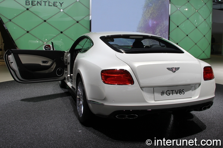 2015-Bentley-Continental-GT-V8-S-rear-view