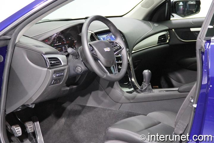 2015-Cadillac-ATS-Coupe-interior